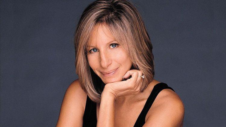 Barbra Streisand sumber foto : filmtekerc.hu