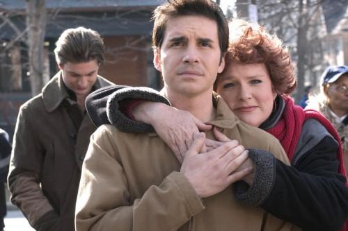 Michael dan Ibunya, Queer as Folk Sumber : tvguide.com