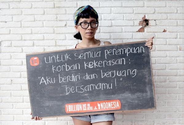 Dhyta Caturini, aktivis HAM, anti kekerasan pada perempuan. kesetaraan gender, keadilan sosial. Sumber : ziliun.com
