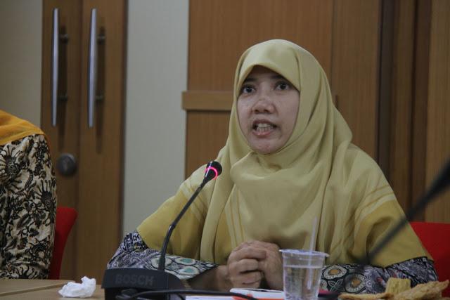 Suryani, Anggota PKS Sumber : kepri.pks.id