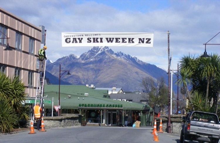 Gay SKi Week Selandia Baru Sumber: purpleroof