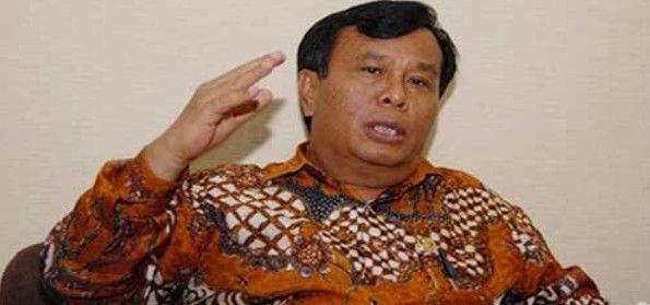 Nurdin Tampubolon Ketua Fraksi Hanura