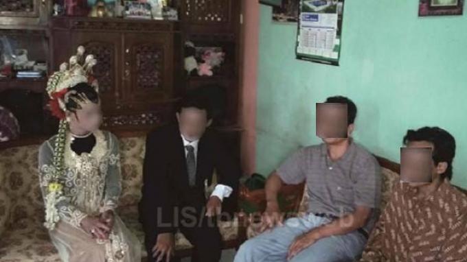 Pasangan transgender dan pria yang akan menikah di Wonosobo Sumber : tribunnews