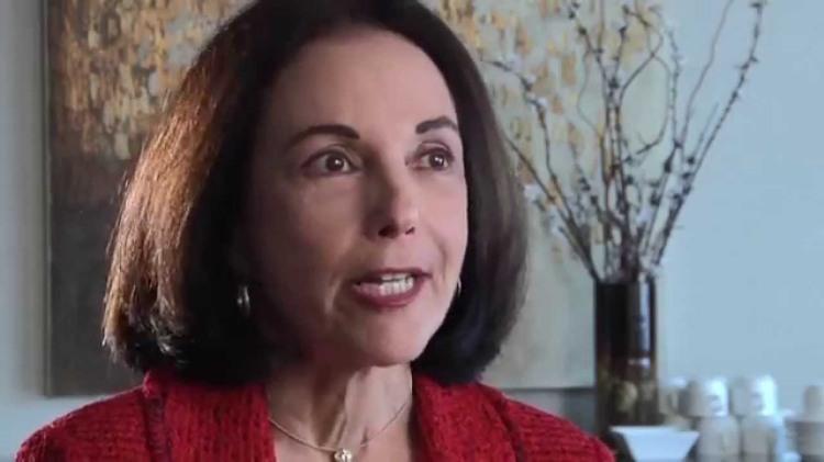 Renée Binder M.D. Presiden Asosiasi Psikiater Amerika
